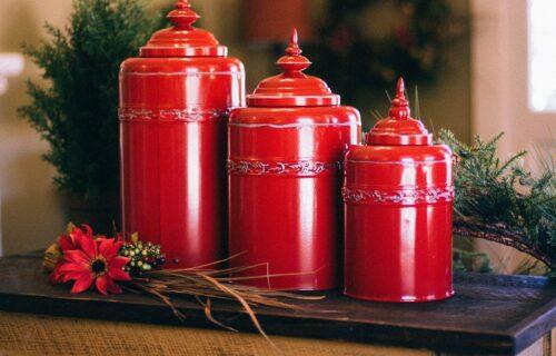urns-349666_1920